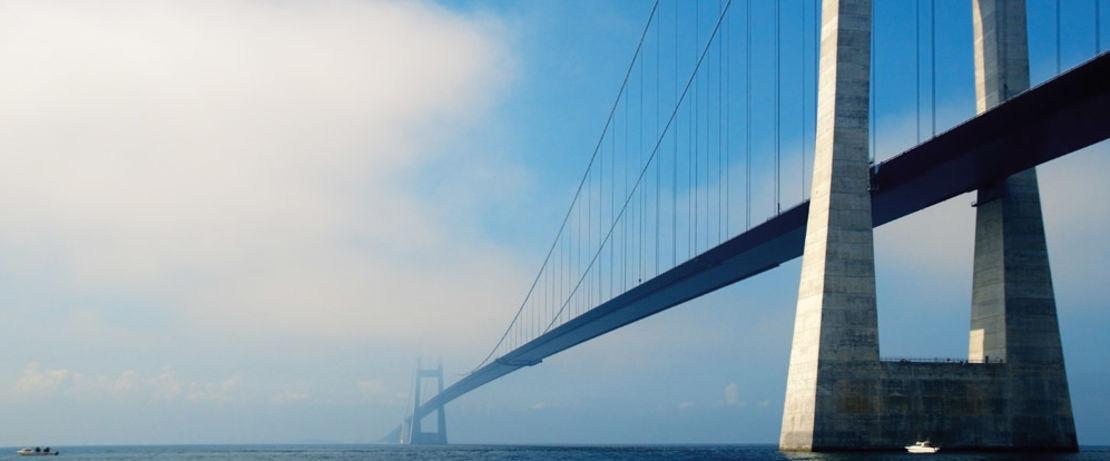 Das öko-zertifizierte Protectosil® BHN verleiht der dänischen Storebaeltbrücke eine lange Lebensdauer und senkt damit Energie- und Wartungskosten.