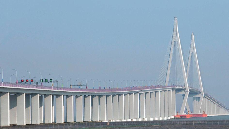 Die Hangzhou Bay Bridge in China ist mit Protectosil® vor Schäden durch Korrosion geschützt.