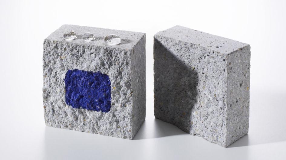 左側です。Protectosil® BHNは、水の浸透を効果的に防ぎます。