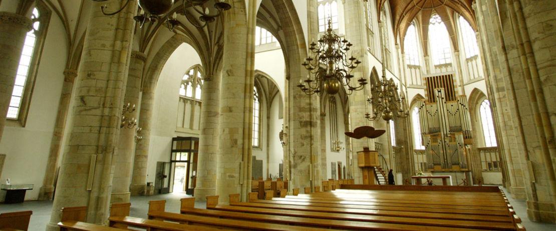 독일에 위치한 Willibrodi 대성당에 Protectosil®이 적용되어, 후기 고딕양식의 걸작인 해당 건축물을 각종 오염원, 습기 및 유해한 외부 환경으로부터 보호함.