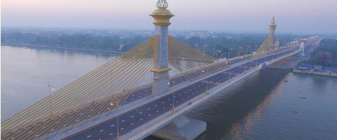 태국, Chao Phraya 강에 설치된 교량