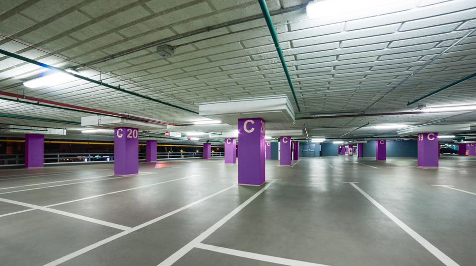 In parking garages the corrosion conditions are challenging, because water, dirt and salt are coming in with vehicles what causes corrosion and threatens the mechanical stability.